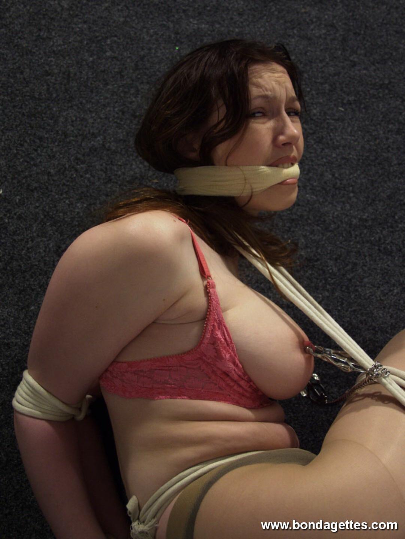 naked bulma image