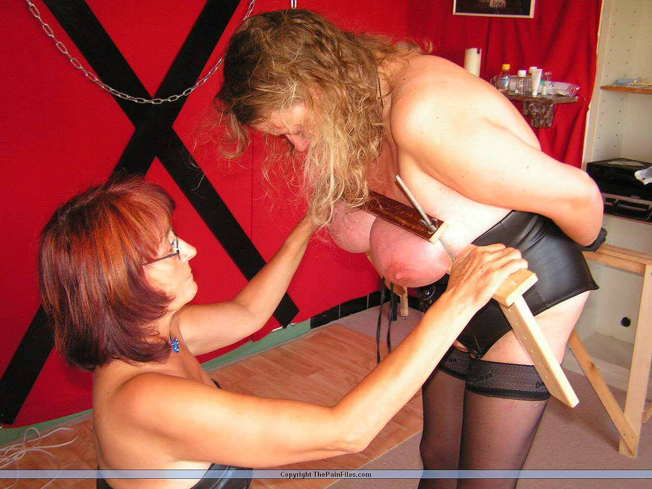 Boobie bdsm with amateur small boobed subbie 2